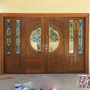 Cửa gỗ tự nhiên cửa chính