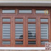 Cửa sổ bằng gỗ P4K4