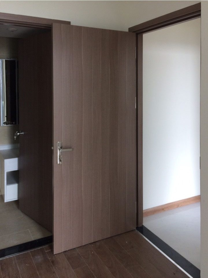 Cửa gỗ phủ nhựa PVC đẹp, không thấm nước vừa sử dụng cho nhà vệ sinh vừa sử dụng cho phòng ngủ